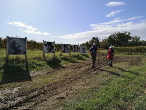 Marcheurs sur le chemin de St Jacques de Compostelle